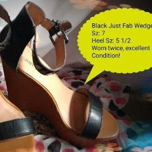 Just Fab black Wedges